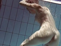 Lastova being flashy underwater