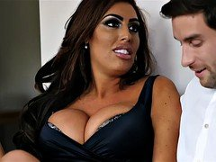Tamara Grace Gives Her Date Wet Pussy