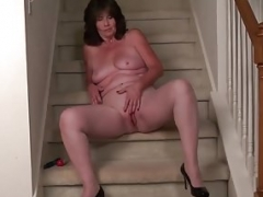 USAwives Hot Milfs Got Undressed And Toyed Pussies
