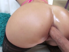 Ravishing doll loves taking a humongous tool up her ass