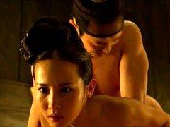 Jo Yeo Jung in Queen
