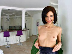 Allinternal short haired babe is filled during threesome