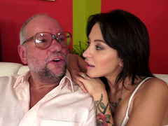 A hot 18-19 y.o. gets an old man to fuck her and moreover he does it really well