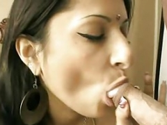 Indian Aunty Giving bj Horny Husband In Desi Style