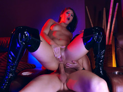 A brunette that loves backdoor is getting her ass pounded really hard