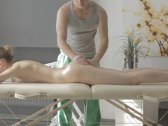 A massage turns utterly hot when the masseur gets naked during it