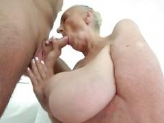 Heavyweight grandma