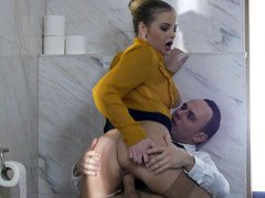 Xxxxxl-size wife surprises husband with quick fuck in bathroom