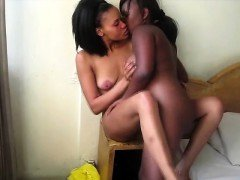 African cutie pie plays with her plump girlfriends coochie