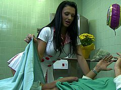 Aletta takes extremely fine care of her patient