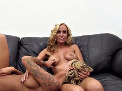 A pair of blonde sisters twins debut in porno