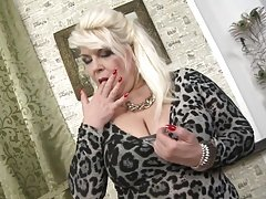 Super grown-up mother gets down and dirty fresh meat