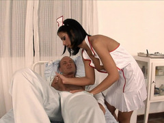 Sexy nurse wants to have fun and moreover do her work at the same time