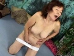 Pervert Russian Moaning Lady. russian cumshots swallow