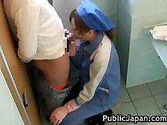 Oriental Toilet Attendant Cleans Wrong Component6