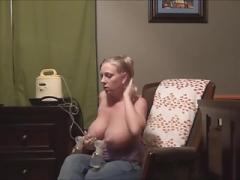 Titty milk pumping. AGAIN