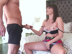 A brunette that loves to give a blowjob gets a flag pole deep in her cunt