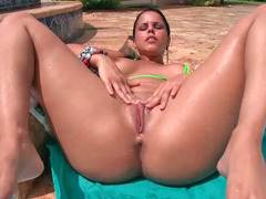 Big-breasted Latina Diamond Kitty gets penetrated hard outdoors