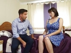 Busty British Mature Housewife Has an intercourse Workman in Bedroom