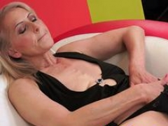 Granny enjoys blowing a overweight purple pole of her lover and plus then spreads her legs