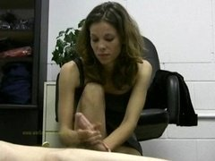 Hot dame boss jerks off her lazy employee