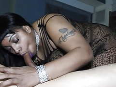 THICK Big beautiful women SWALLOWS PUERTO RICAN Cum cannon