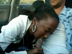 Ebony suck cock in car