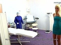 Gal gets injection before gyno exam