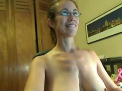 Milfs No 1 Time on Cam - Find Her on CumCam,com