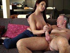 Aged prick slams natural girl with jiggling massive boobs