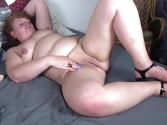 Old chubby aunt needs a fine fuck