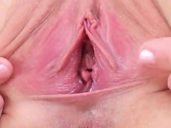Foxy czech babe opens up her narrow cunt to the strange29y