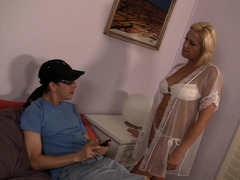 Fascinating MILF without a problem seduced her son's buddy