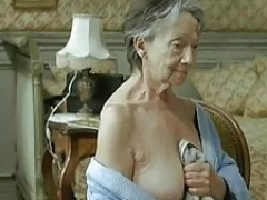 ILoveGrannY Excited Naked and Down on All Fours