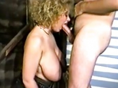 dee dee reeves large saggy bra buddies titfucked sucking dick