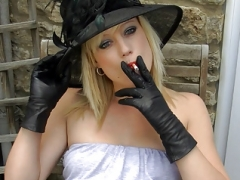 Smoking blonde upskirt cum bucket in leather gloves