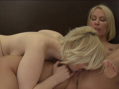 Shapely blondes Mellanie Monroe and Siri help each other to reach climax