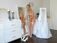 Having an intercourse the bride