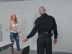 Officer Sins pounds horniest chick around