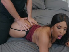 Buxom Ebony MILF cheats on dumb hubby with aroused robber