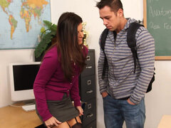 Teacher with huge ass India Summer has naughty fun in the classroom