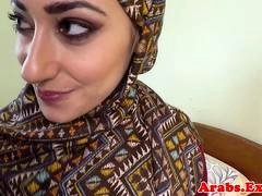 Pounded muslim broad jizzed in mouth