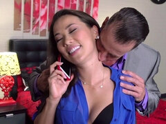 Asian wife is fucking her husband's boss
