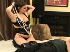 Pumped up playgirl smothering and face-sitting on low guy