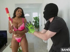 Diamond Jackson fucks simple hearted thief