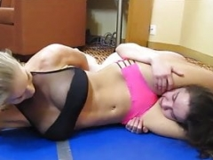 You Wont Defeat Me- Pussy smothering Catfight