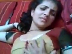 Good-looking Indian wife suking dick-Live sex or to chat visit hotcamgirls .in