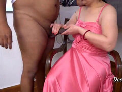 Desi sumptuous fgr bhabi fuckin' with boss