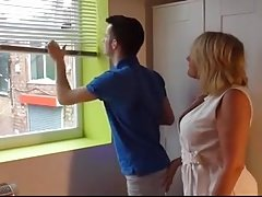 Mommy fucked by young-looking estate agent