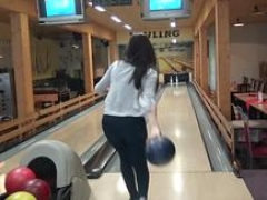 HUNT4K. Dude penetrates attractive beauty while cuckold plays bowling